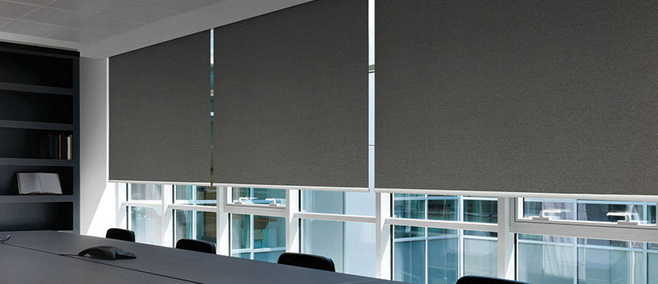 ROLLER BLIND SHARP POINT